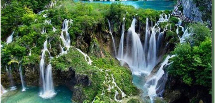 Parc national Plitvice en Croatie ; splendides cascades et lacs de Plitvice