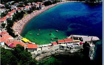 Petrovac station balnéaire au Montenegro