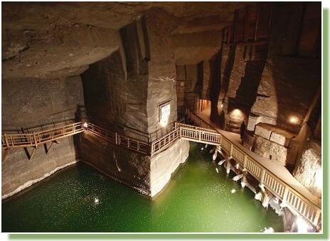 Intérieur de la mine de sel de Wieliczka