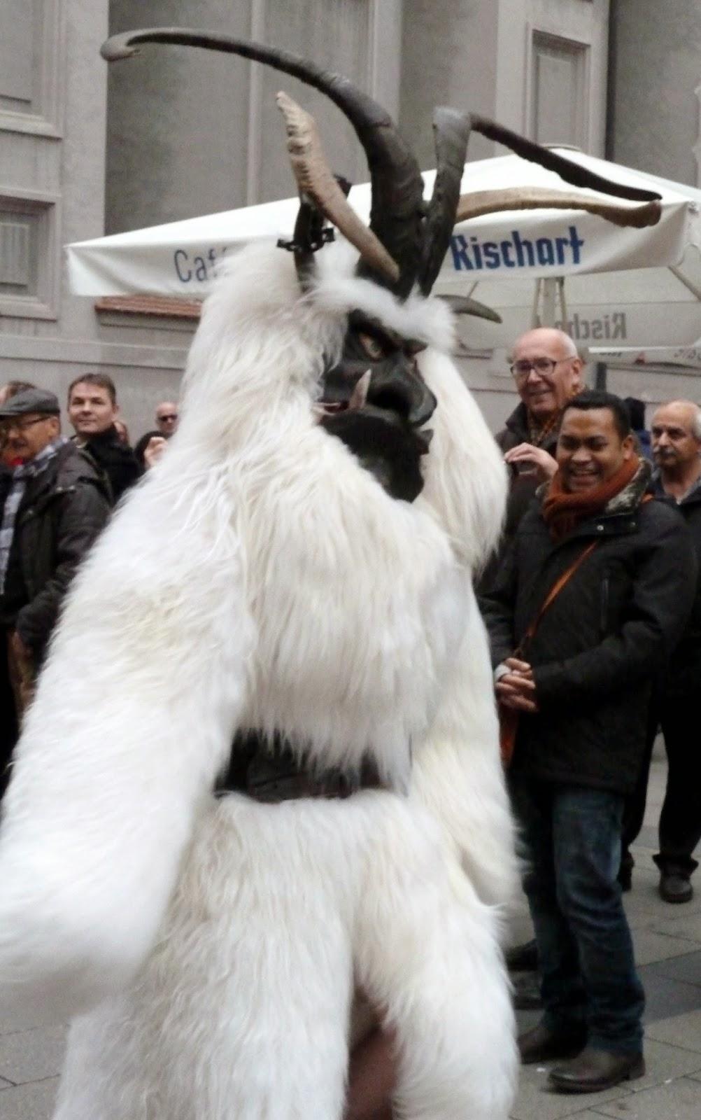 Rencontre avec les Krampus à Munich à l'occasion de Saint Nicolas 7