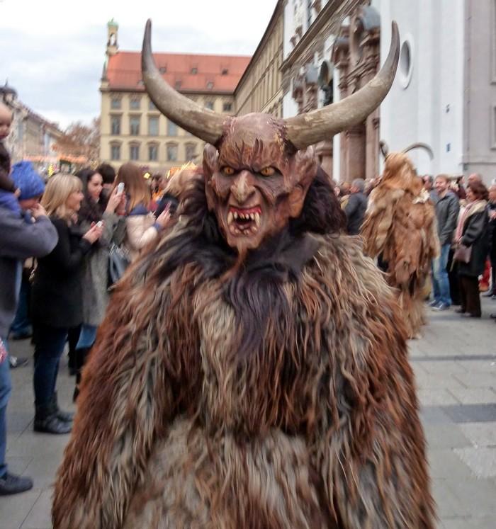 Rencontre avec les Krampus à Munich à l'occasion de Saint Nicolas 1