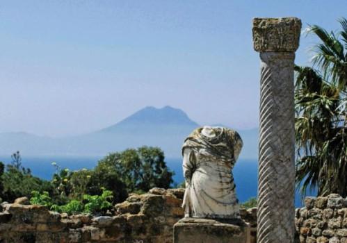 Carthage buste et colonne