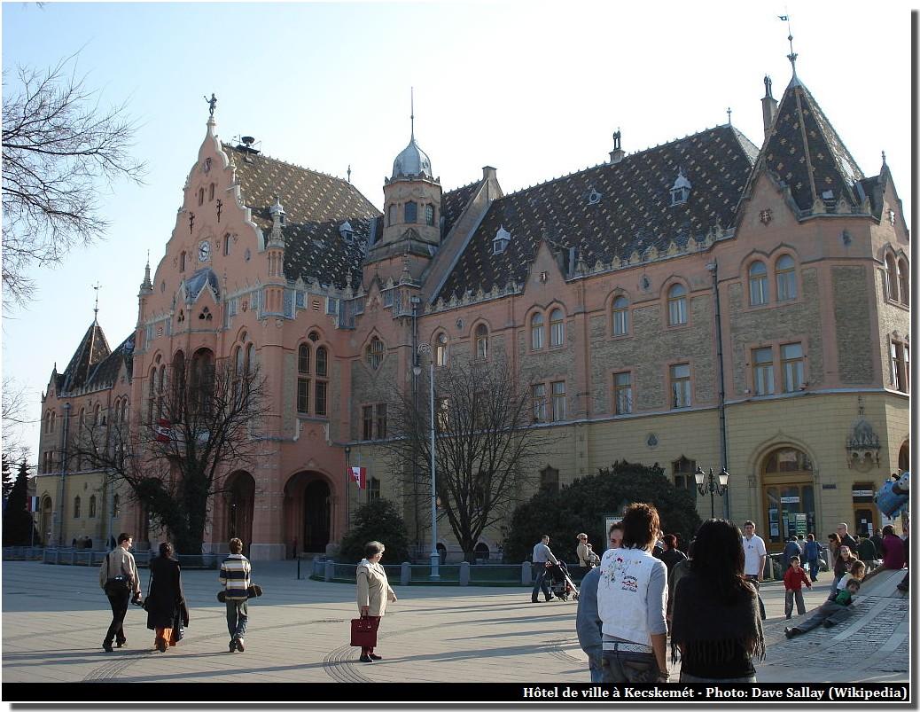 Hôtel de ville à Kecskemét