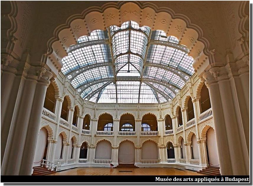 Musée des arts appliqués Lechner odon