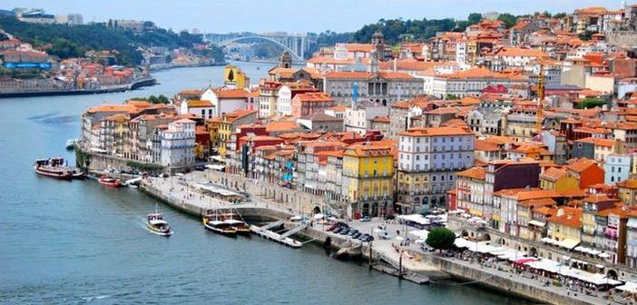 visiter porto que voir et faire porto tourisme portugal. Black Bedroom Furniture Sets. Home Design Ideas