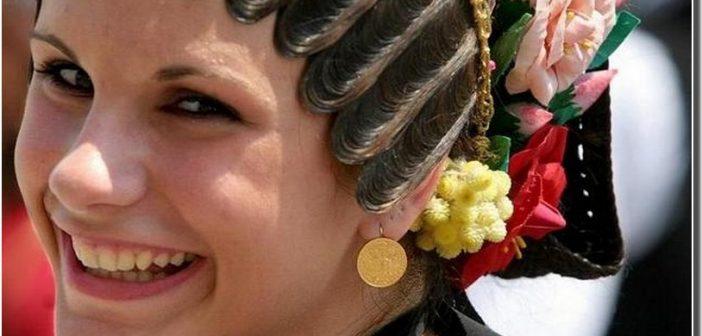 jeune femme croate en habit folklorique