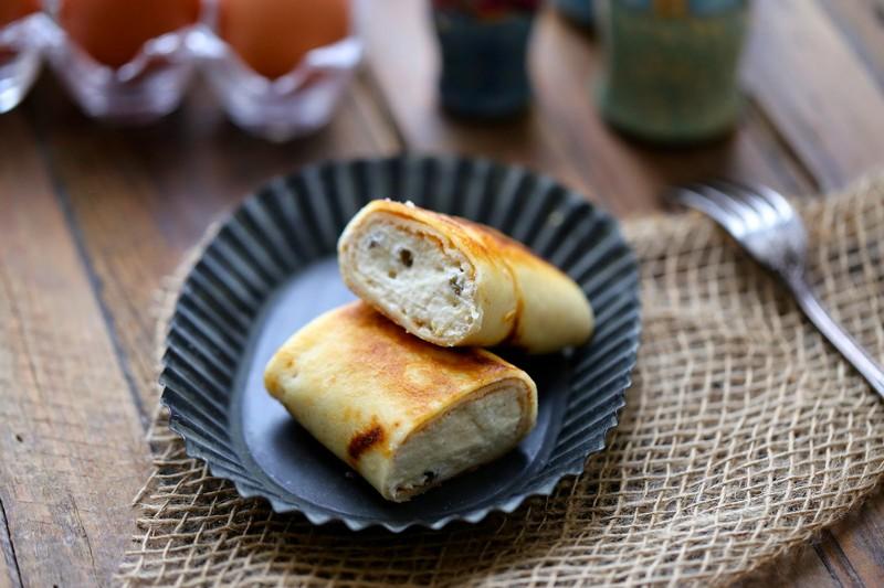recette russe Blinchiki au fromage blanc et aux raisins