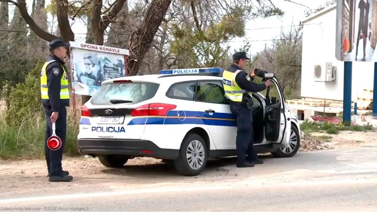 controles de police en croatie dans le Konavle région de Dubrovnik
