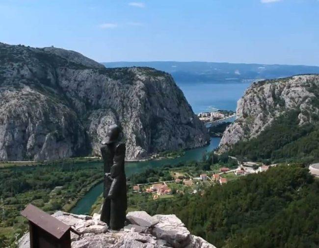 vue sur le canyon de cetina depuis le point de vue panoramique