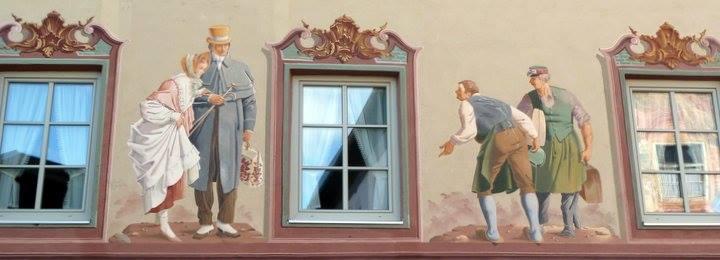 Mittenwald ; village bavarois typique aux superbes façades ornées (Luftlmalerei) 14