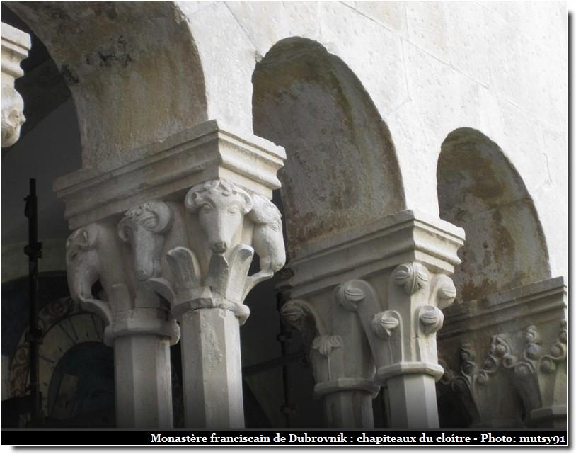 Dubrovnik chapiteaux cloitre monastere franciscain
