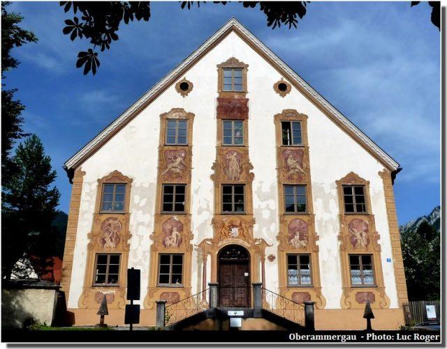 Oberammergau façade ornementée de fresques