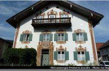 Oberammergau maison à la façade ornementée de fresques