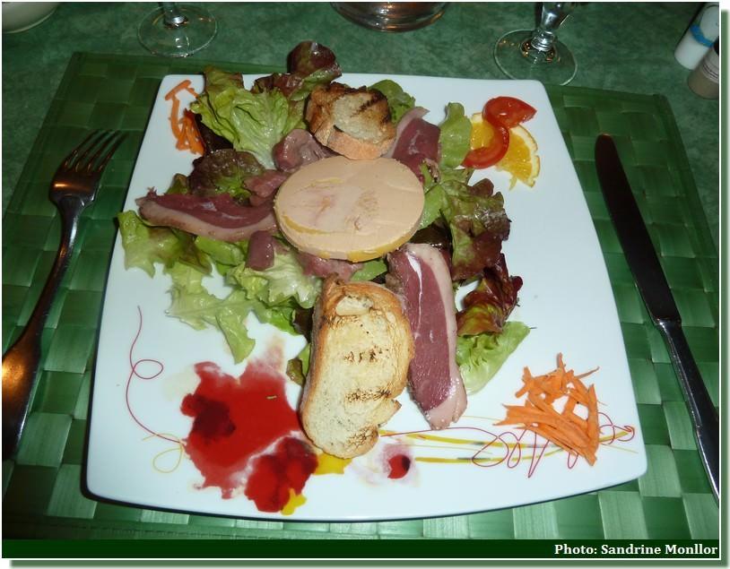 salade lauragaise au foie gras restaurant petit gazouillis