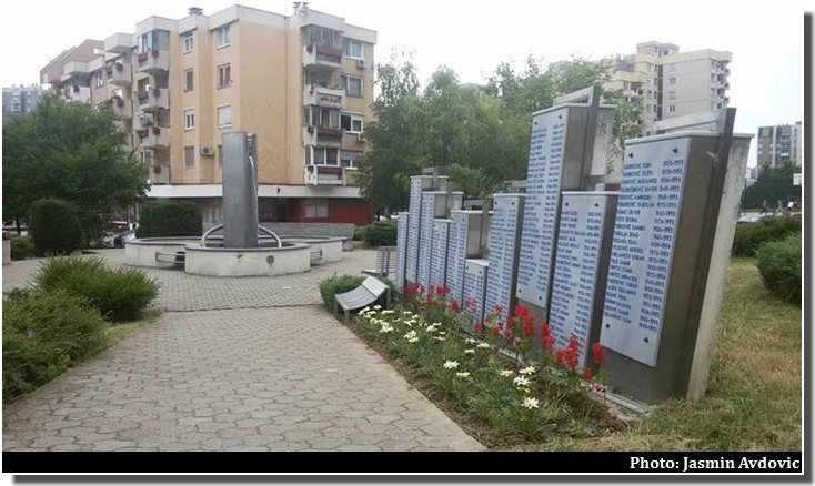 sarajevo immeubles place hommages