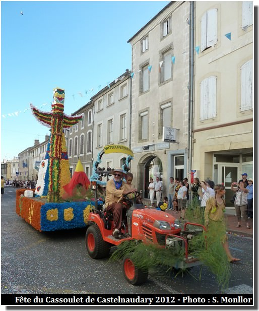 Fête du cassoulet de Castelnaudary char Montferrand