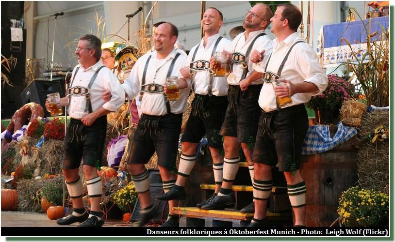 Bavarois en Lerderhose Oktoberfest