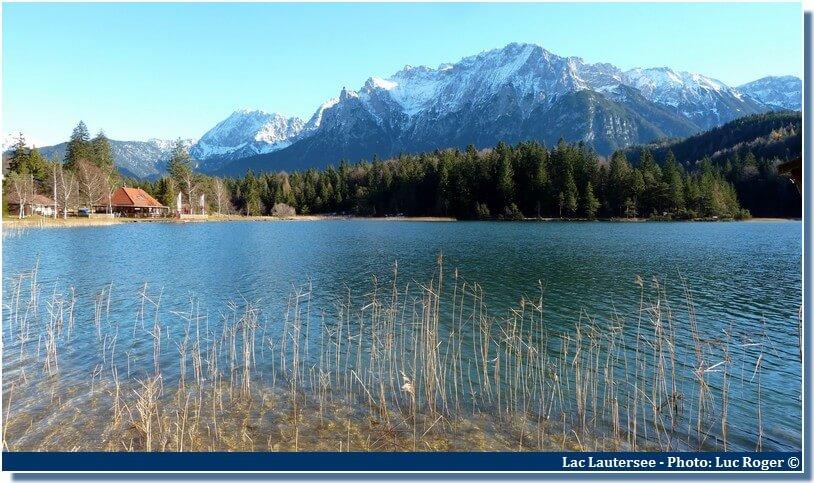 Lac Lautersee près de Mittenwald en Bavière