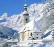 Eglise de Ramsau en Bavière en hiver