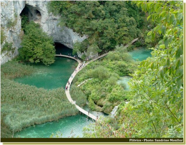 Parc national de Plitvice sentiers sur les lacs supérieurs