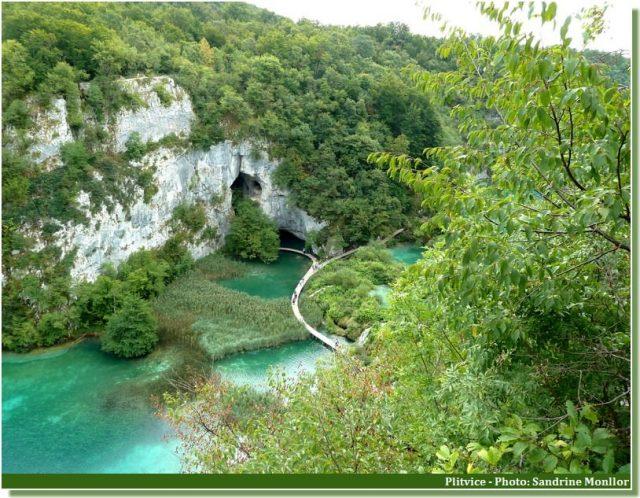 parc national de Plitvice sentier sur les lacs