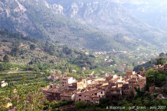 Majorque, au pied de la serra de Tramuntana