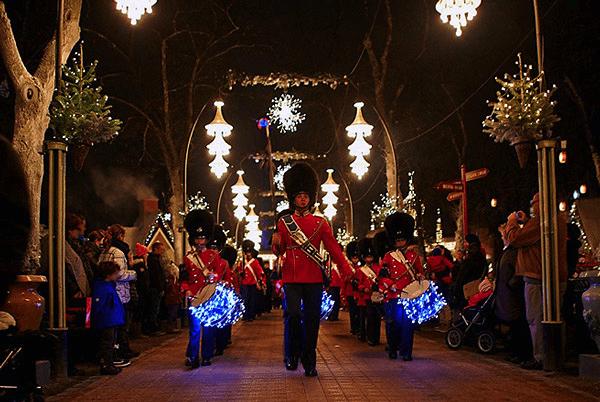 Copenhague Parc Tivoli Défilé de la garde royale