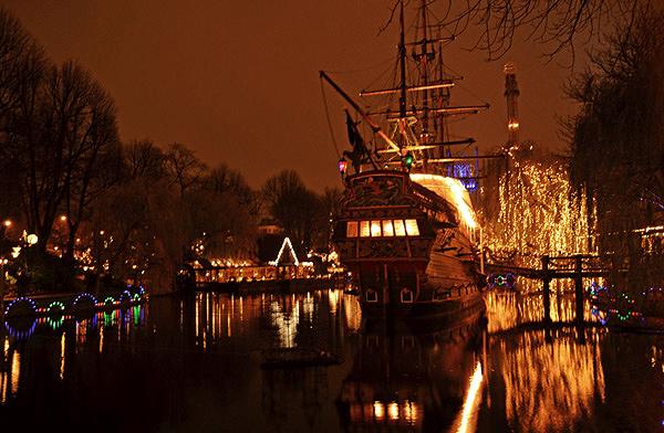 Copenhague Parc Tivoli bateau