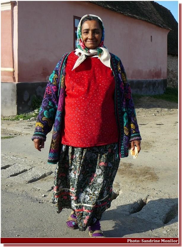 Femme Tsigane près de viscri