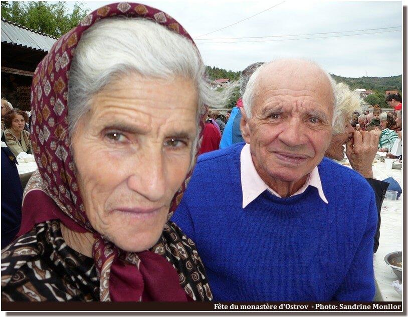 Ostrov fête du monastere couple agé