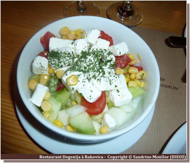 Salade sopska Restaurant degenija Plitvice