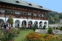Monastere Ostrov Roumanie