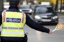 police dans les Balkans