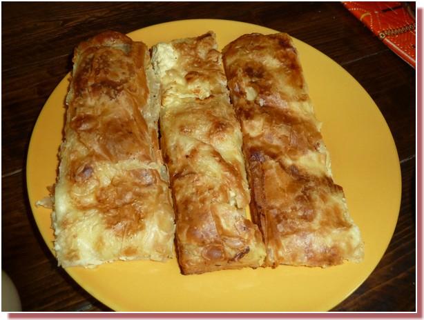 Gibanica a la cerise petit dejeuner agrotourisme Kalpic