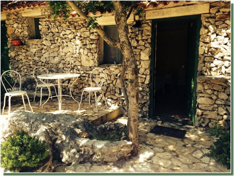 Kalpic maisonnettes de pierres des chambres originelles