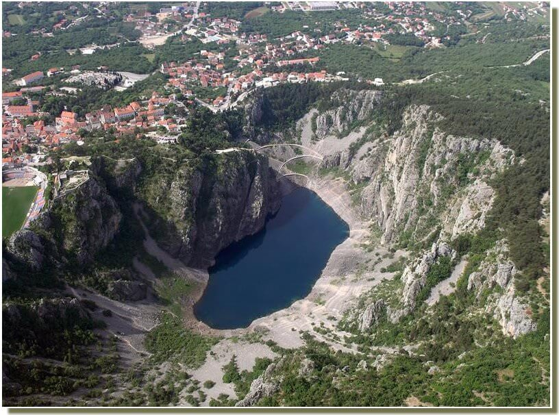 Imotski Lac Bleu modro jezero