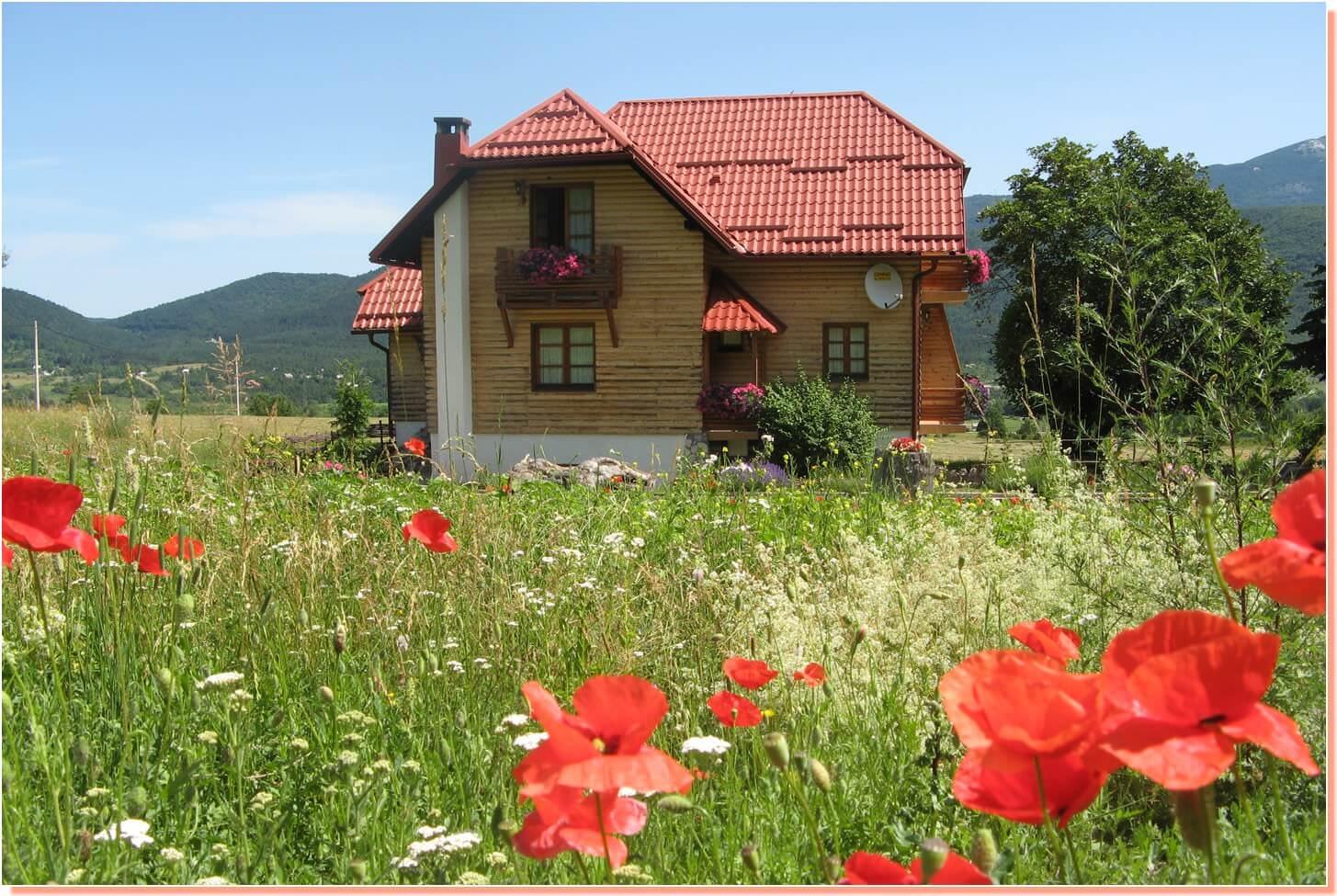 Mrzlin Grad Plitvice au printemps