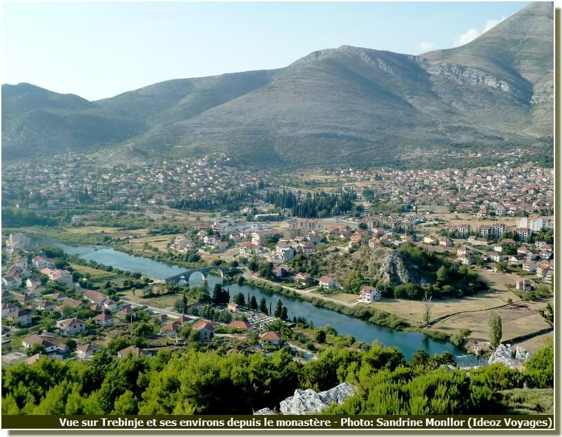 Panorama de Trebine depuis le monastère Hercegovcka Gracanica
