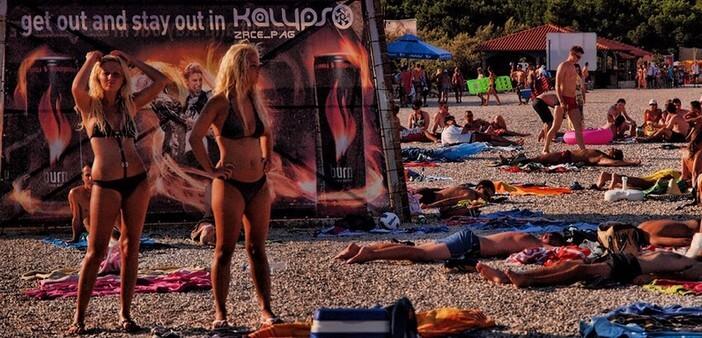 Novalja Zrce à Pag ; faire la fête en Croatie dans l'Ibiza de l'Adriatique!