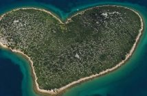 Galesnjak ile en forme de coeur en Croatie