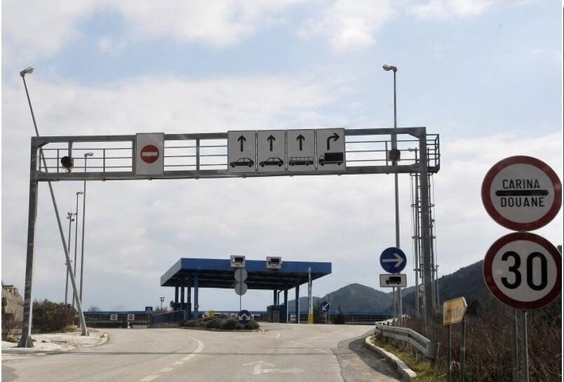 karosovici frontiere entre croatie et montenegro