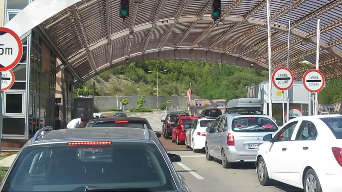passage des frontières au Montenegro crna gora carina