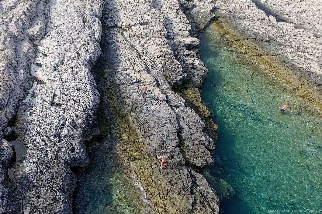 parc de telascica crique au bord des falaises de dugi otok