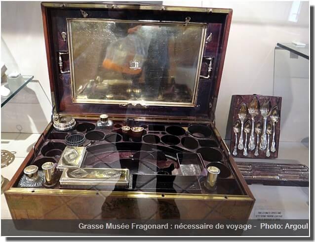 Grasse Musée Fragonard nécessaire de voyage
