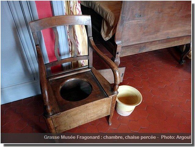 Grasse Musée Fragonard chambre toilette chaise percée