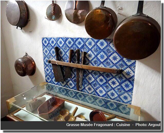 Musée fragonard Grasse cuisine couteaux et casseroles