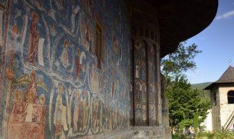 fresque monastere voronet