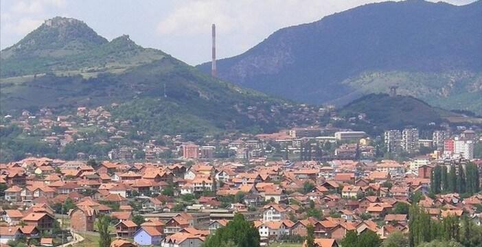 Kosovska Mitrovica; une ville partagée, symbole de la division (Tourisme Kosovo)