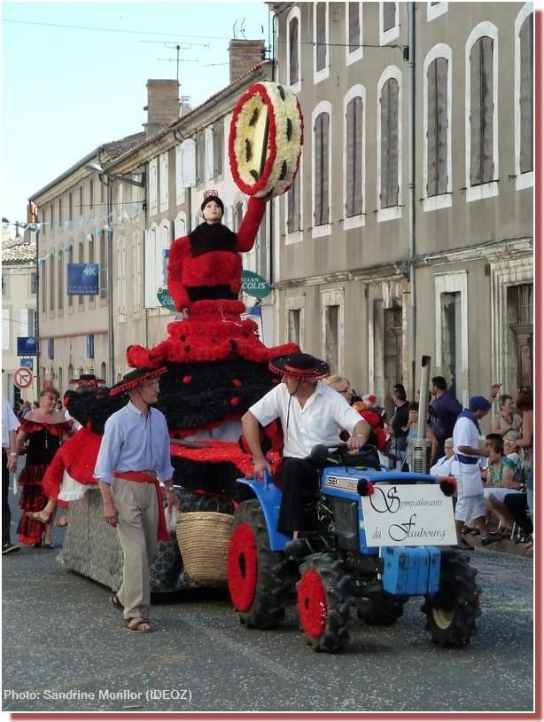 Fête du Cassoulet de Castelnaudary Char Hymne a l'Espagne