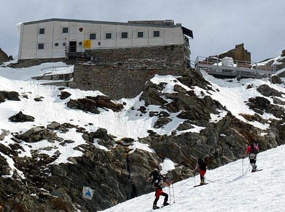 Mont Blanc arrivée au refuge des grands mulets